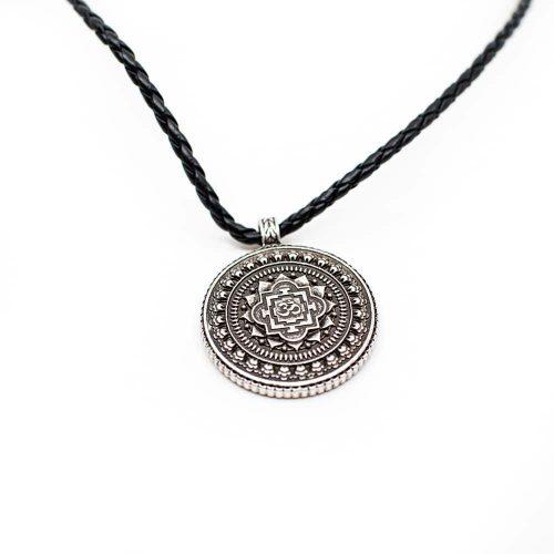 Tibetaanse Talisman OHM Rond - Zilverkleurig